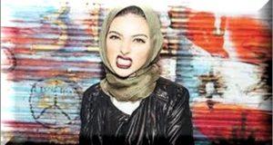 Noor Tagouri appear in hijab